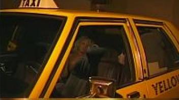 >หนังอาร์ฝรั่ง PORN HD แท็กซี่สุดเสียว ขึ้นรถมาก็โดนคนขับรถข่มขืนเลย ลูกค้าสาวฝรั่งก็ยั่วยวนอยากโดนเย็ดบนแท็กซี่อยู่พอดี