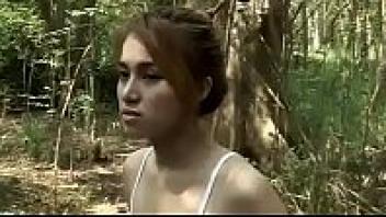 >ดูหนังโป๊ไทยออนไลน์ นักโทษสาว ผีเฮี้ยน (Nakthotsao Phihian R18+) วิญญาณนักโทษแค้นโดนฆ่าข่มขืน เลยมาสิงร่างเป็นสาวร่านจับเย็ดผู้ชายทั้งหมู่บ้าน